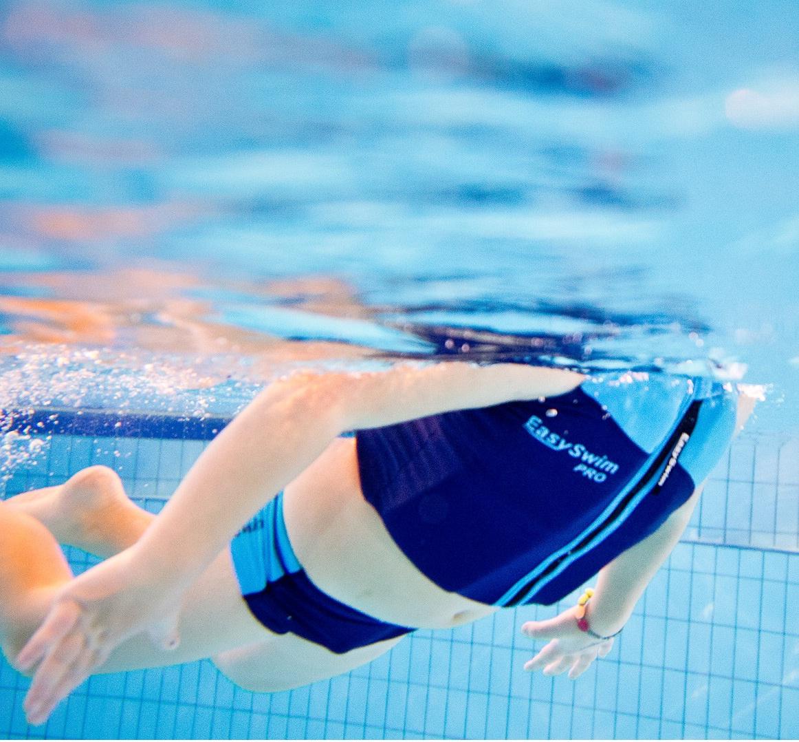 easyswim-pro-boy-swimming